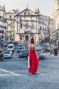 Porto travel guide - Sao Bento travel blog porto guide