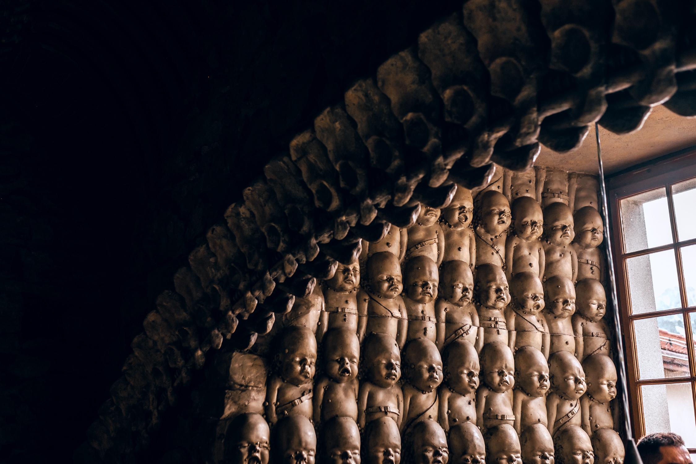 partimetravelers travel bloggers blog travel switzerland photography winter video ber interlaken lauternbrunen grindwald alien predator bar