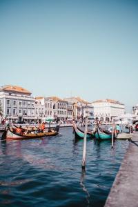 porto partimetravelers aveiro portugal colorful houses photography travel blog part time traveler